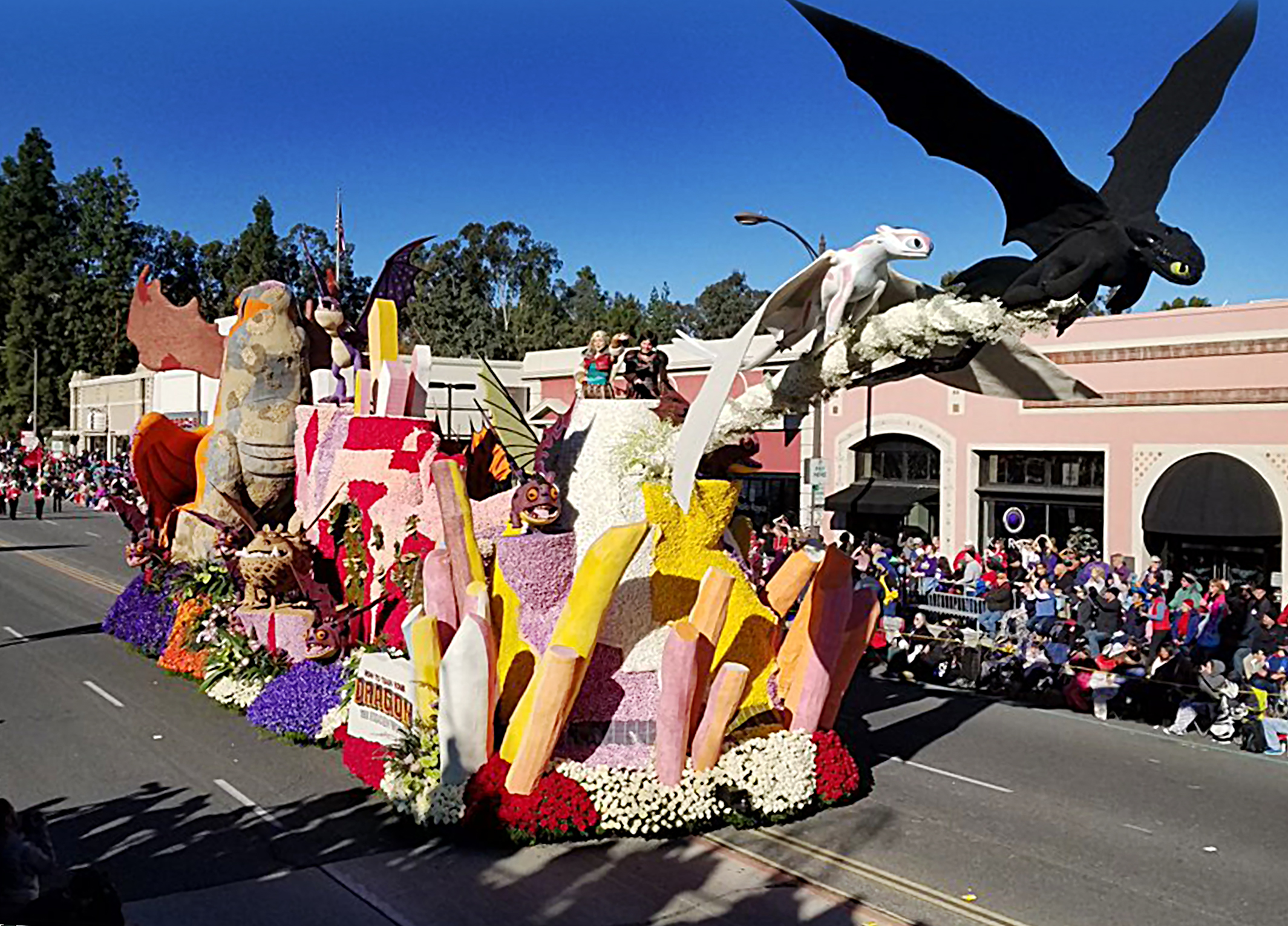rose parade-how to train your dragon_05 hires.jpg