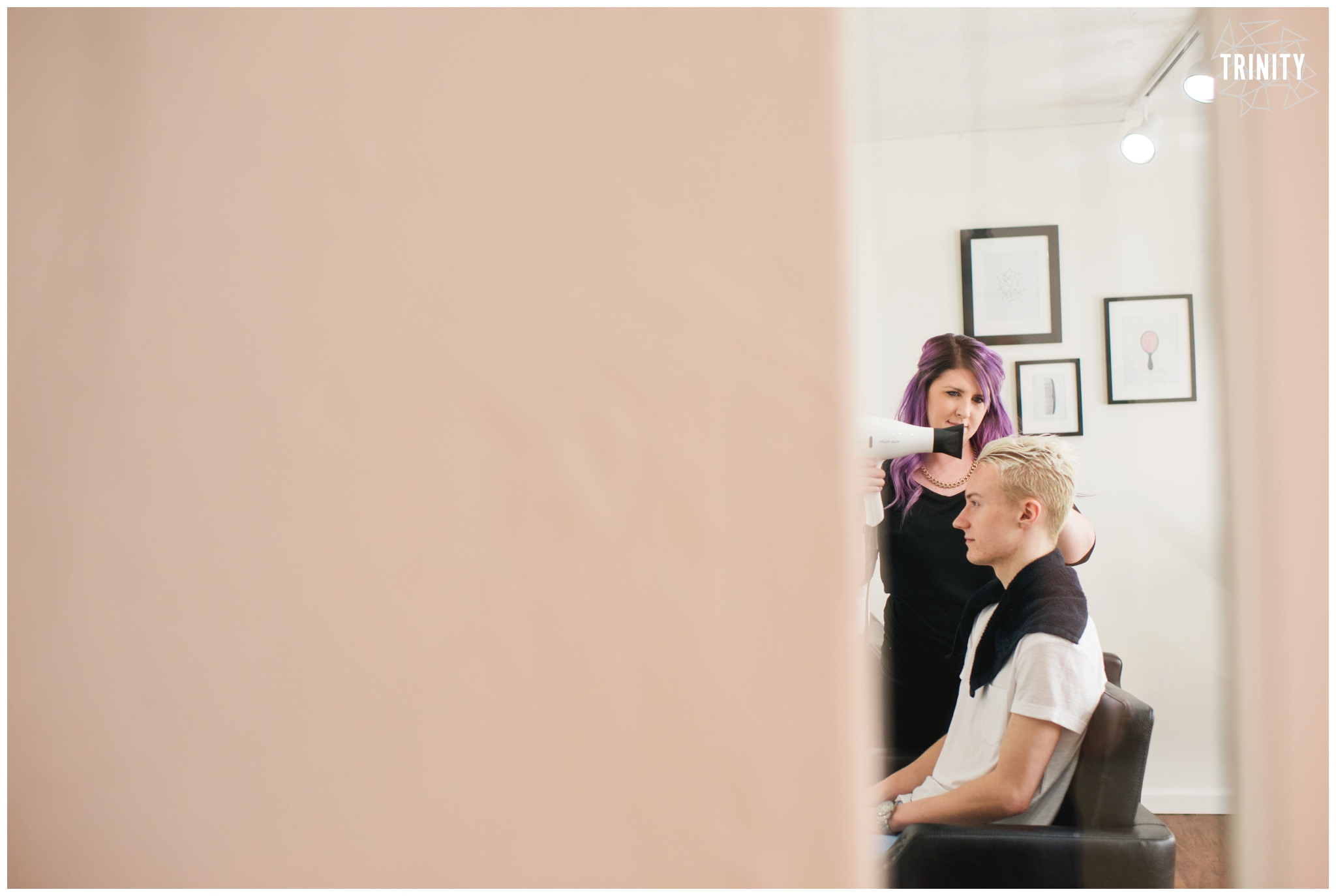 BEAUTOLOGY-salon-PROOFS-8156_WEBstomp.jpg