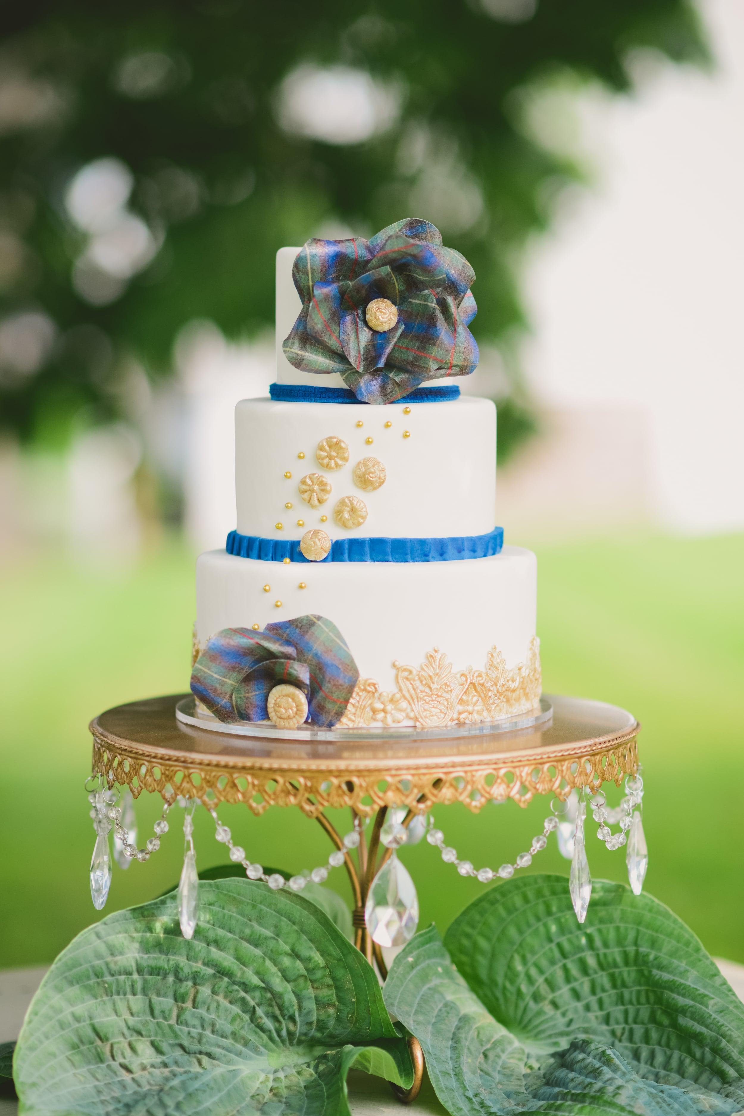 plaid wedding cake