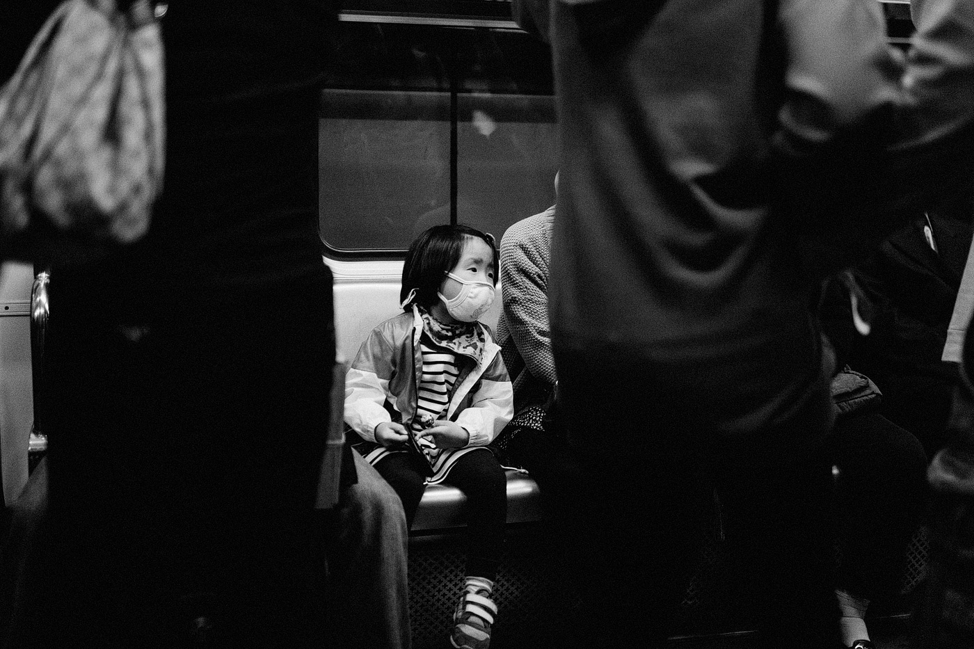 korea kid on subway medical mask