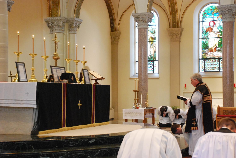 Requiem Antependium (Altar Cloth)