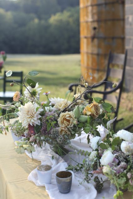 This was from my centerpiece and bouquet photo shoot that I made during the workshop.