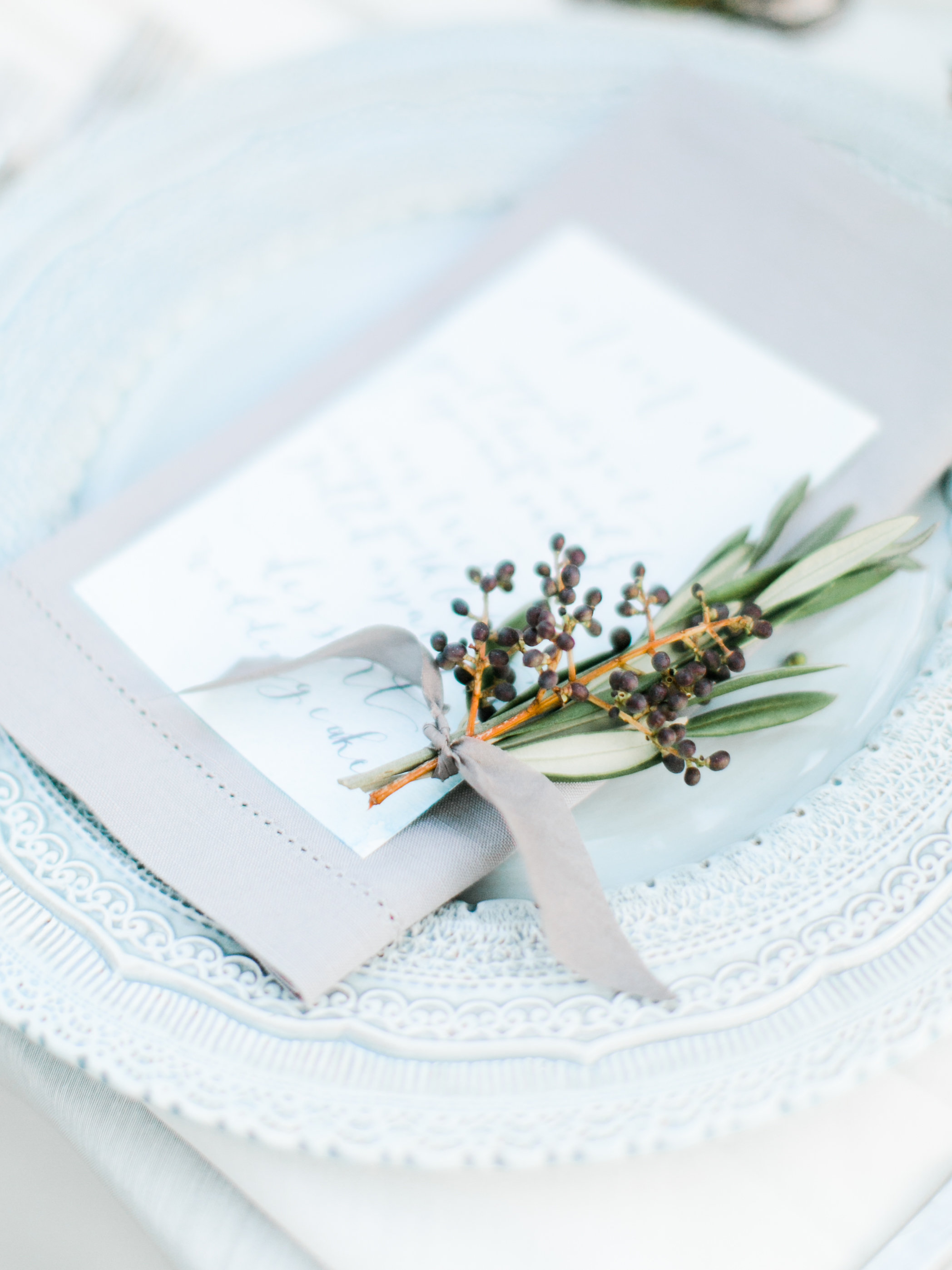 I love the privet berry and wild olive wrapped in ribbon that's placed on each menu. Such a sweet detail.