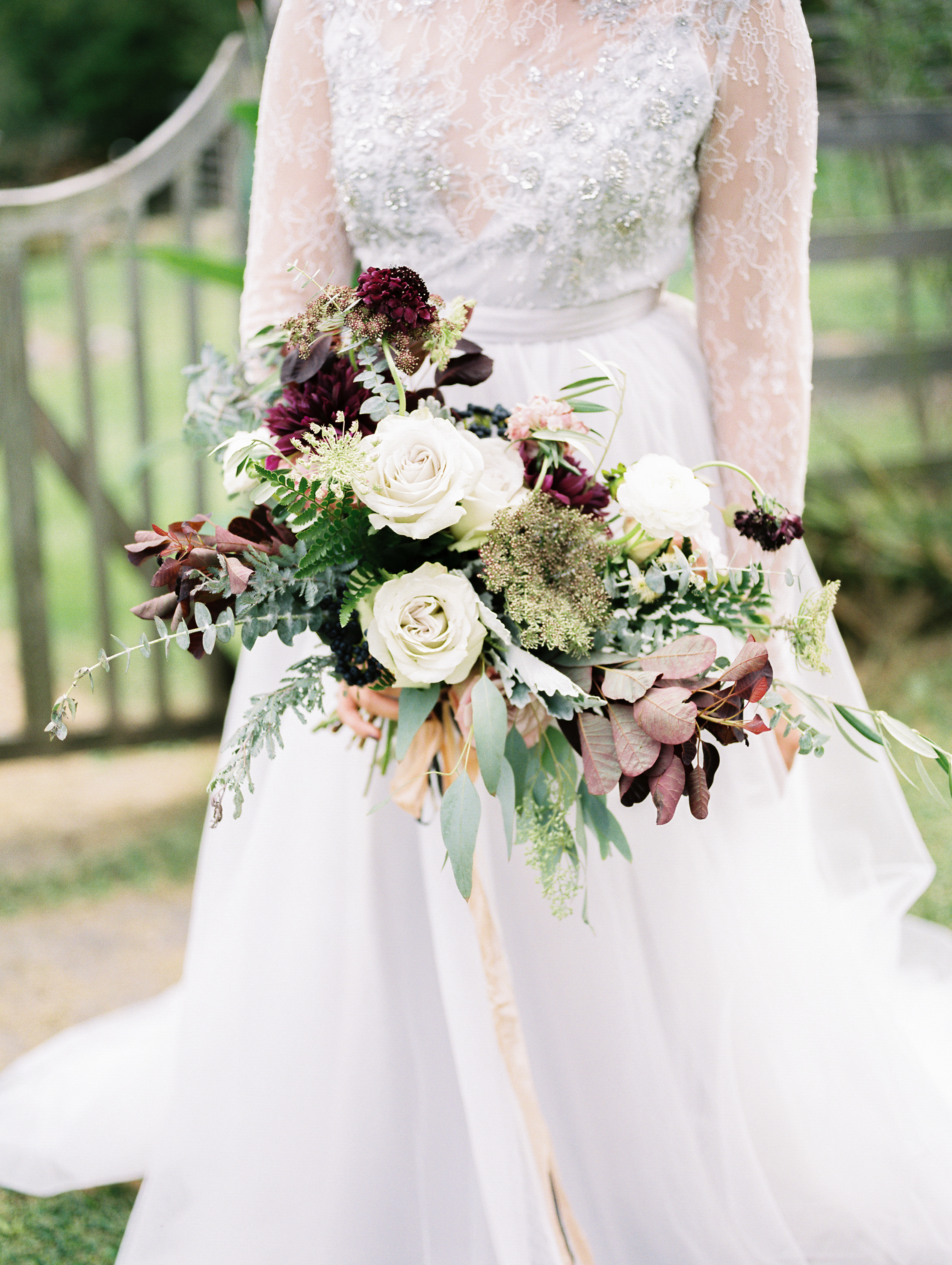 loose bohemian bridal bouquet