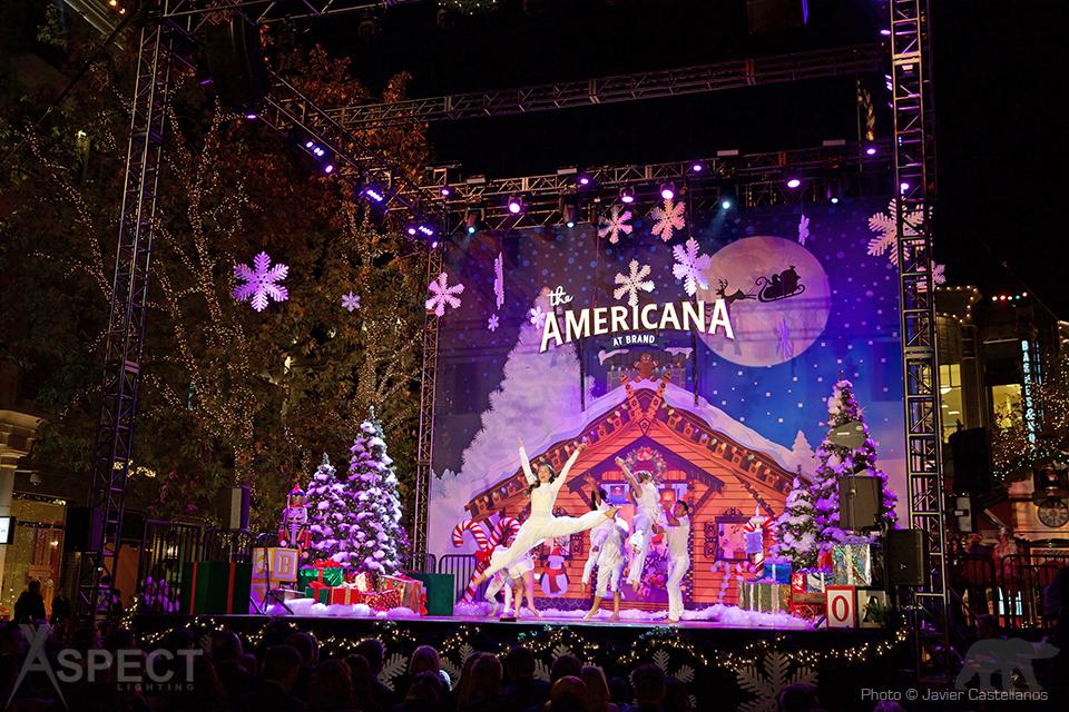 Americana-Christmas-2015-Aspect-Lighting-2.jpg