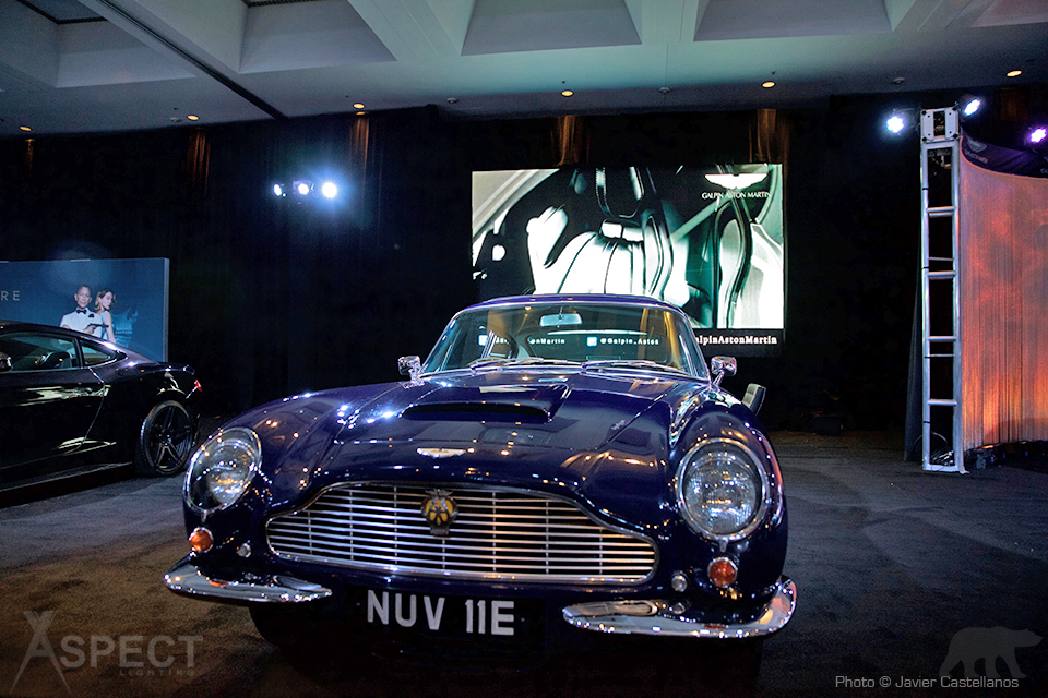 LA-Auto-Show-2015-Aspect-Lighting-5.jpg