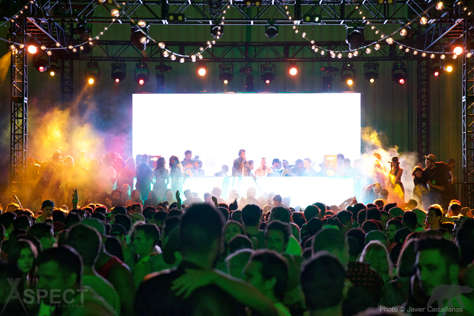 Neon-Carnival-2016-Coachella-After-Party-Aspect-Lighting-1.jpg