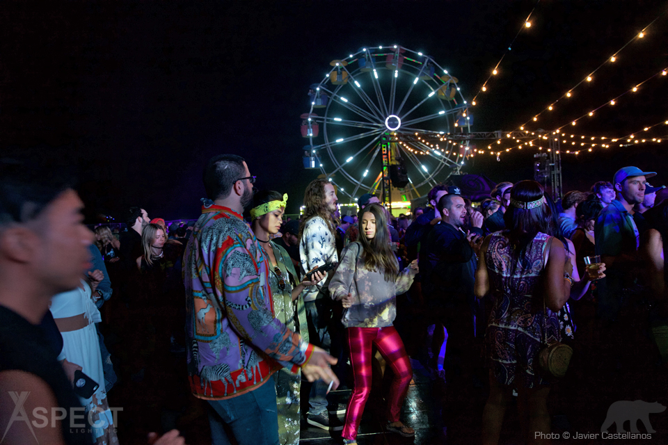 Neon-Carnival-2016-Coachella-After-Party-Aspect-Lighting-2.jpg
