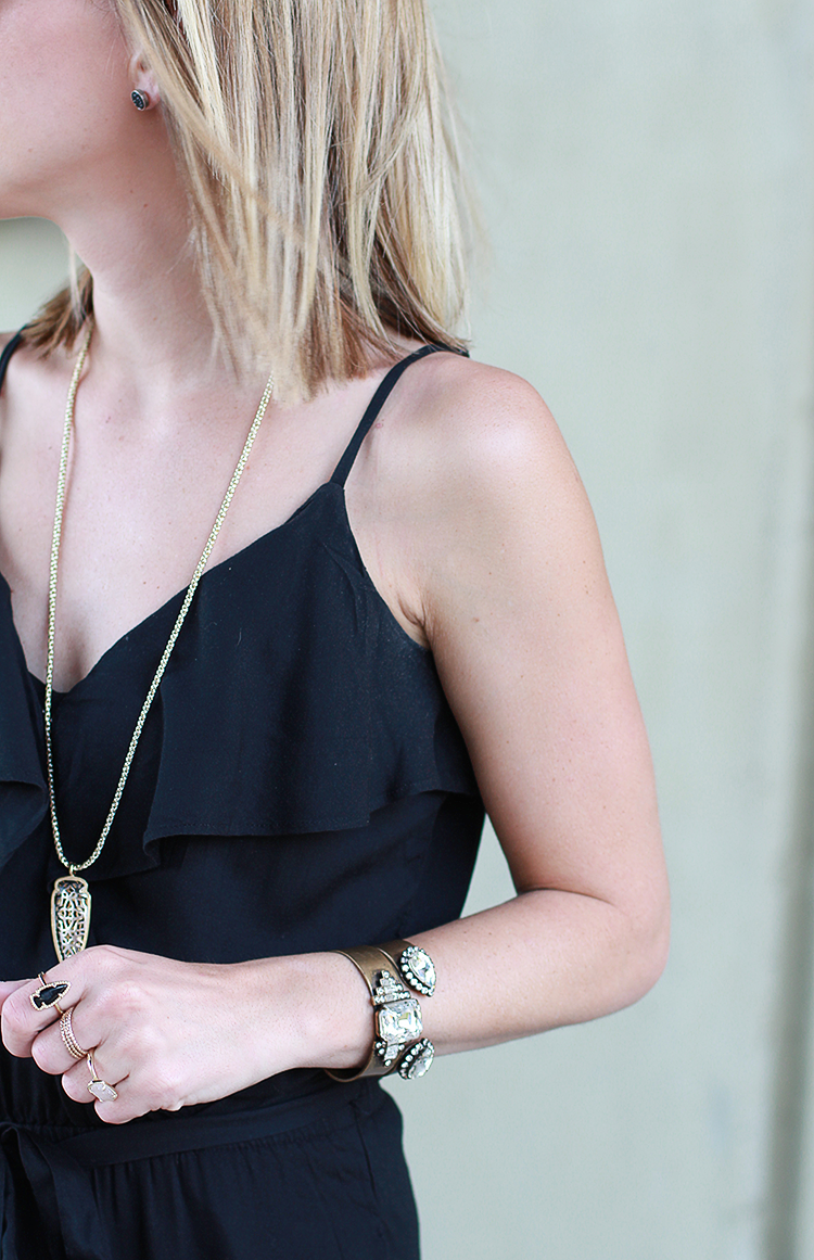 Black & Gold Accents, Jewelry Details