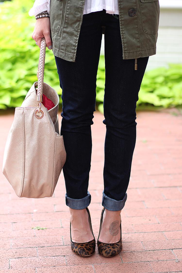 Green Cargo Vest, Dark Denim, Elaine Tuner Bag, Fall Outfit Idea
