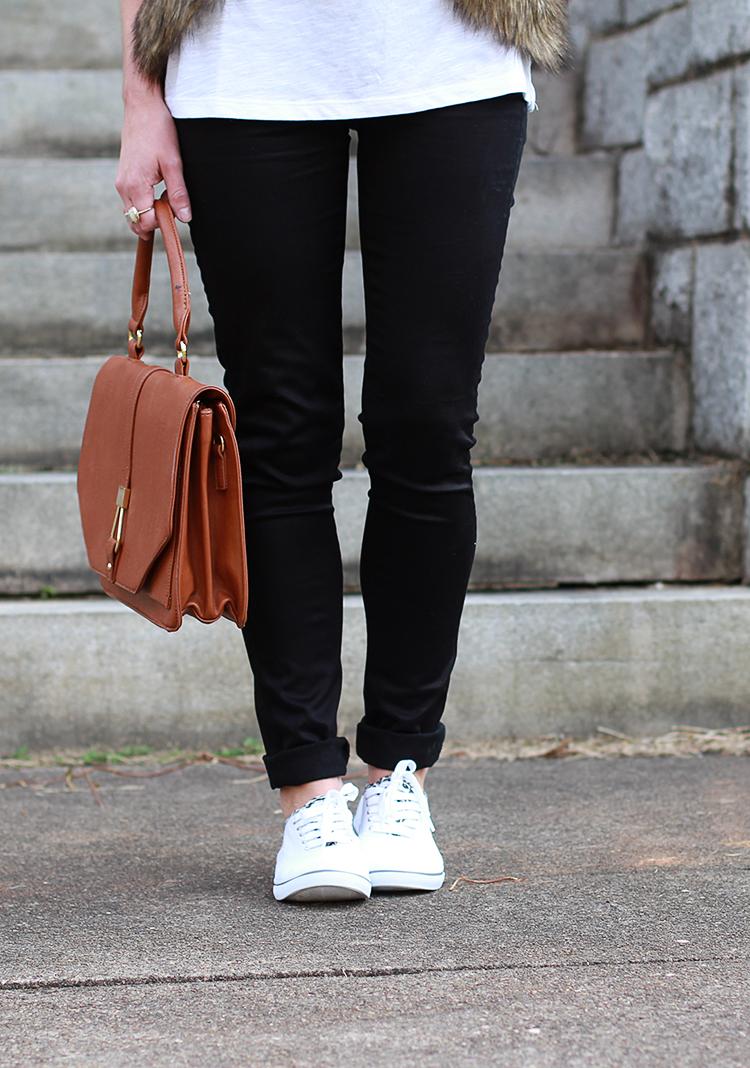Black Skinnies, White Sneakers, How To Style Black Skinnies
