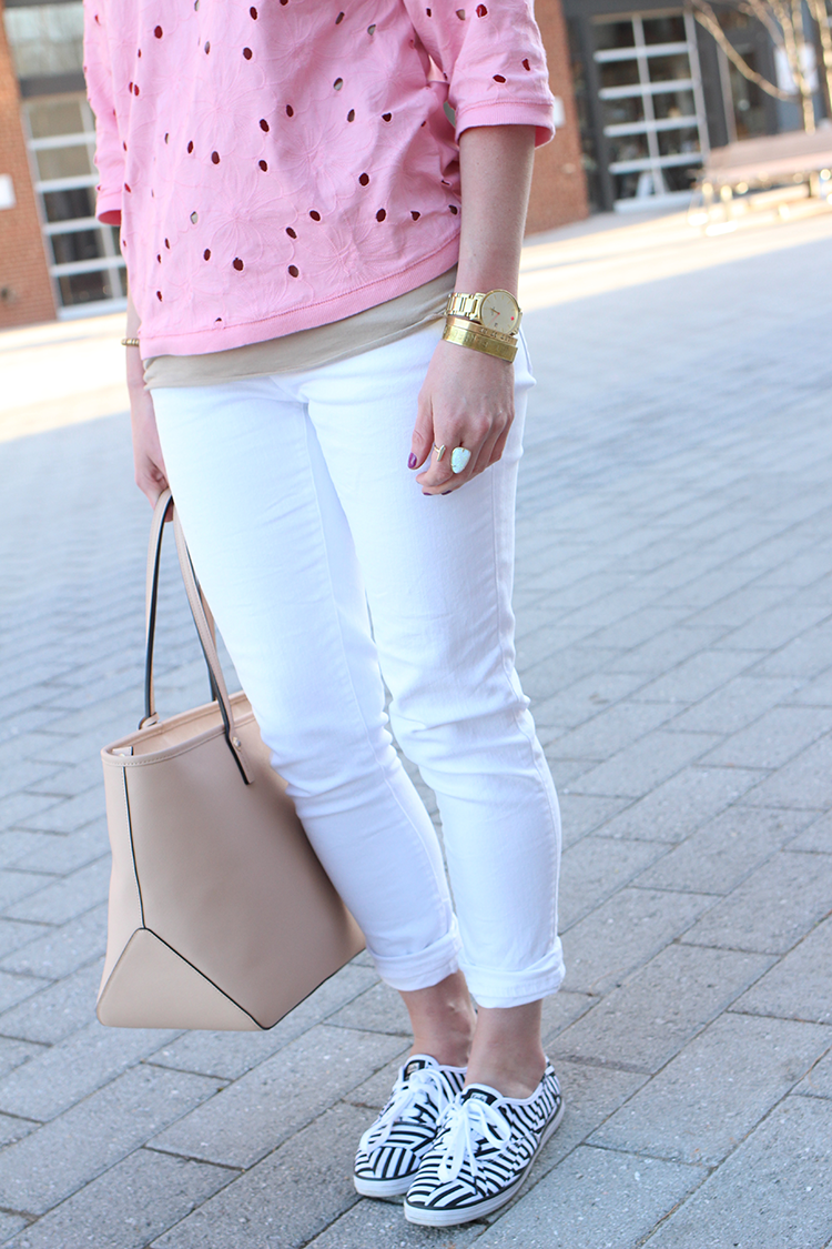 How To Style White Skinny Jeans