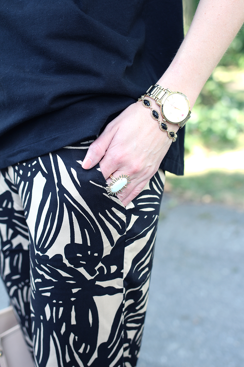 Kendra Scott Ring, Patterned Jogger Pants, Fall Outfit Idea