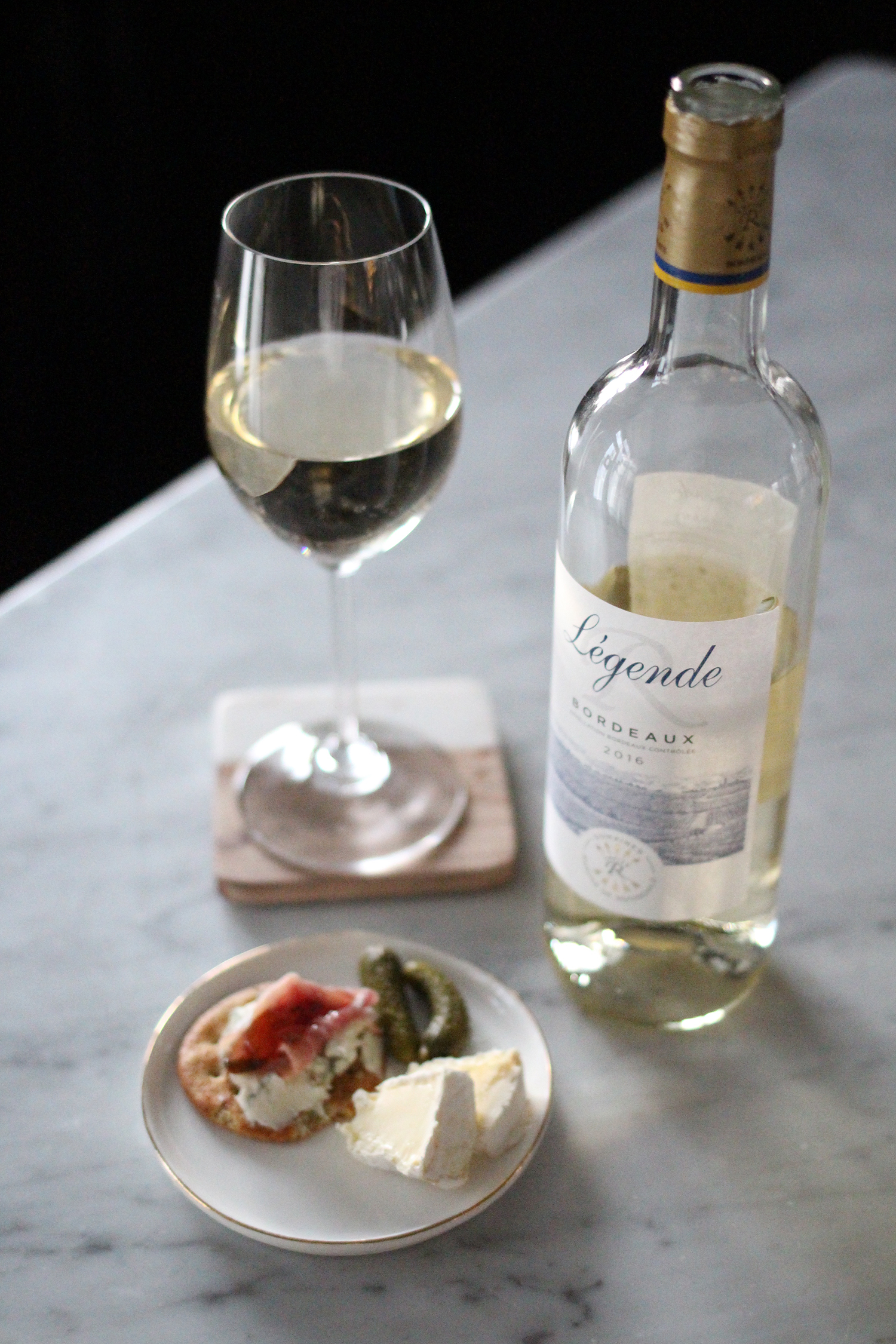 Pairing Wine White with French Cheese