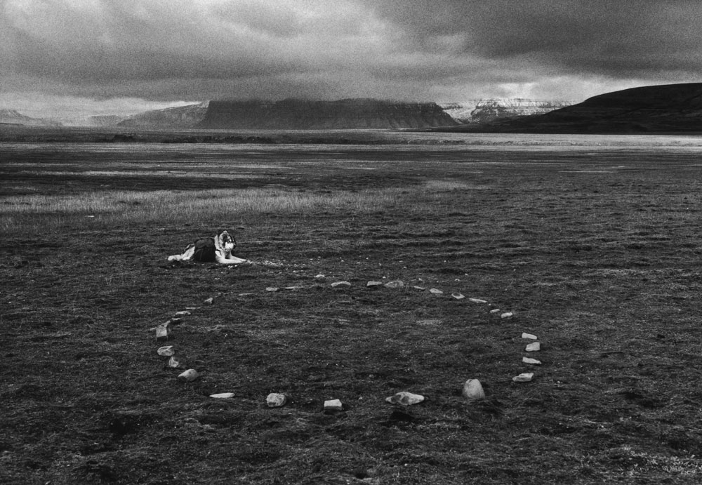 Leaving the Stones, A Five Day Walk With Dogs on Spitzbergen, Svalbard Norway 1995