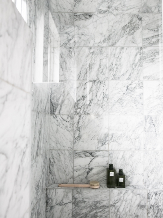 [[ Marble bathroom via  Annaleenas Hem /// Une salle de bain en marbre  via  Annaleenas Hem ]]