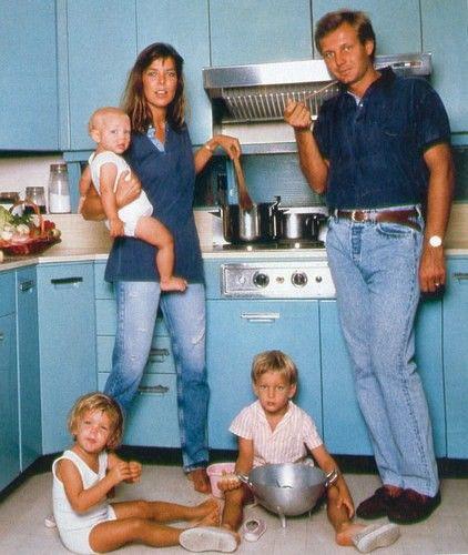 [[Caroline De Monaco, Stefano Casiraghi and their kids, shot by Karl Lagerfeld - 1988/// Caroline De Monaco, Stefano Casiraghi et leur enfants, par Karl Lagerfeld - 1988 ]]