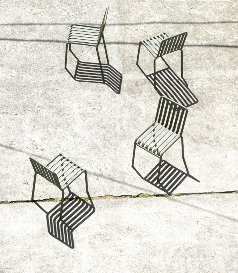 [[Palisade outdoor furnitures by the Bouroullecs for Hay///Mobilier d'extérieur Palisade par les frères Bouroullec pour Hay]]