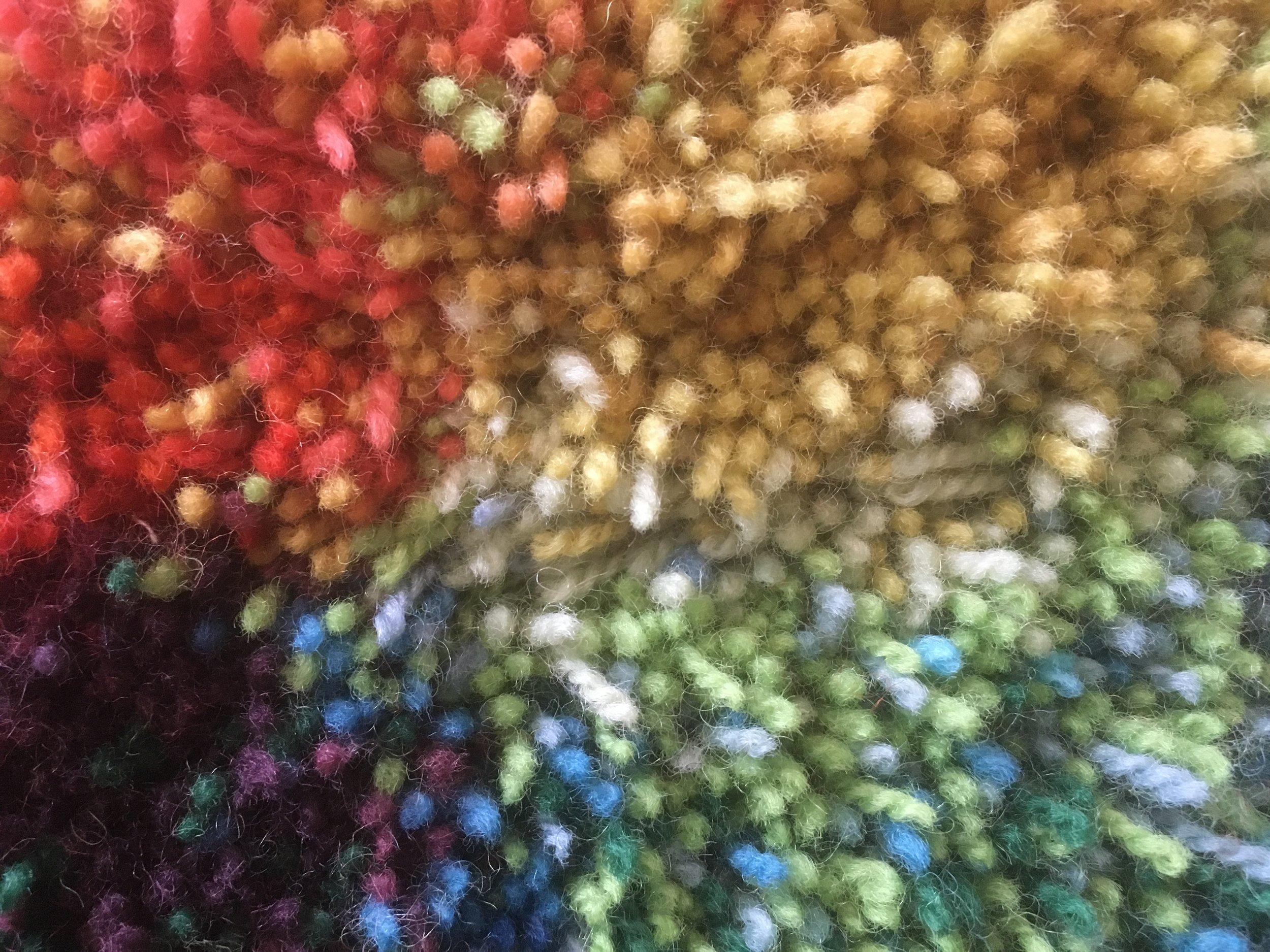 Lähikuva ryijystä / Closeup of Tufted Tapestry
