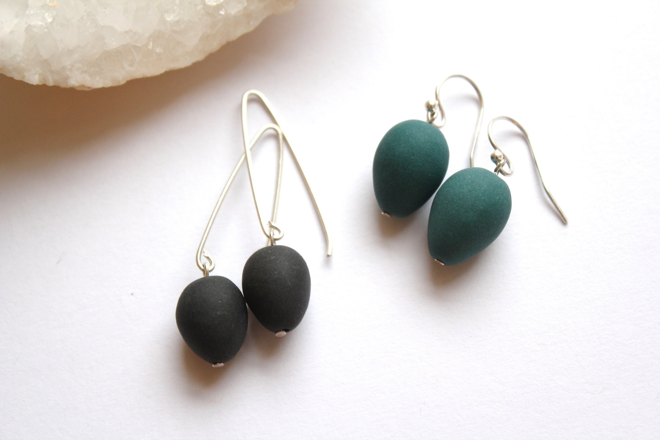 Acorn Earrings (Black/Teal)