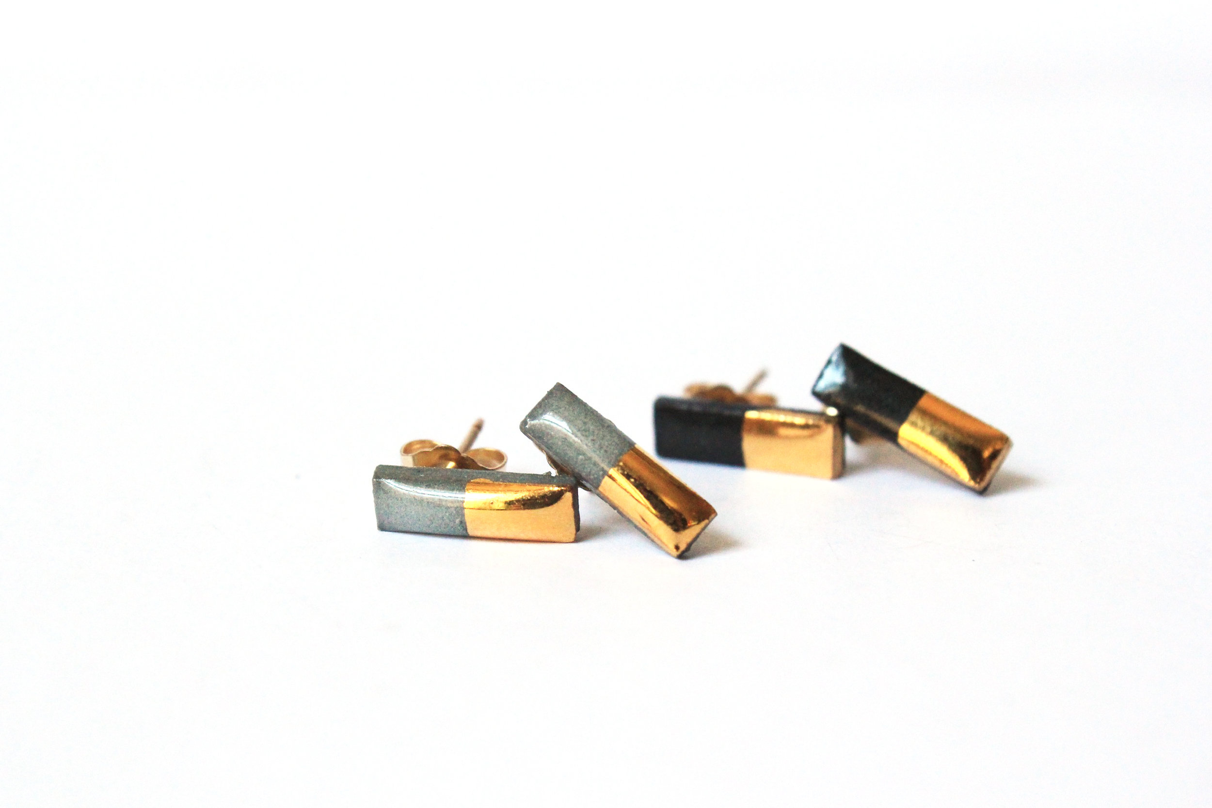 Gold Dipped Bar Studs