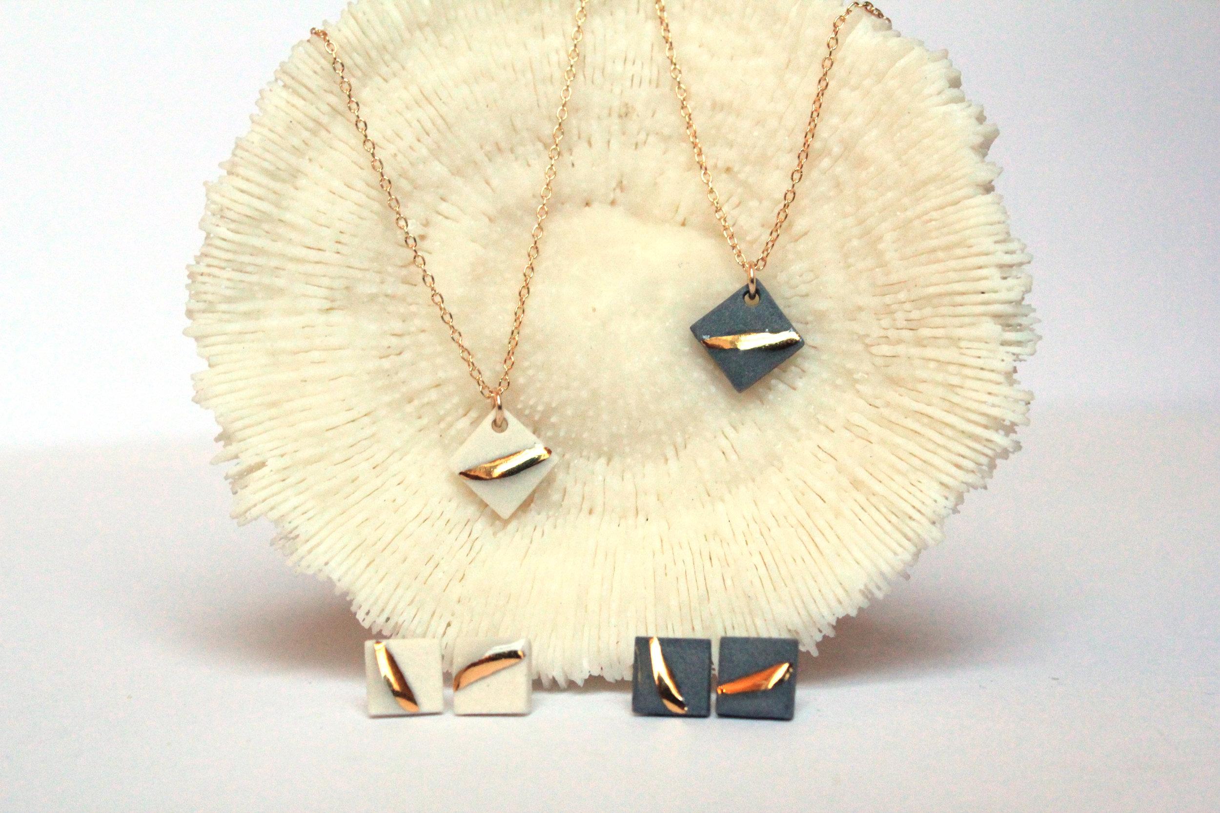 Gold Striped Square Necklace