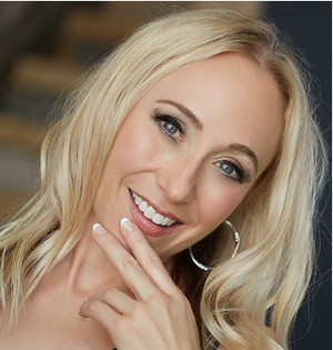 Annette Franz, Author of  Customer Understanding