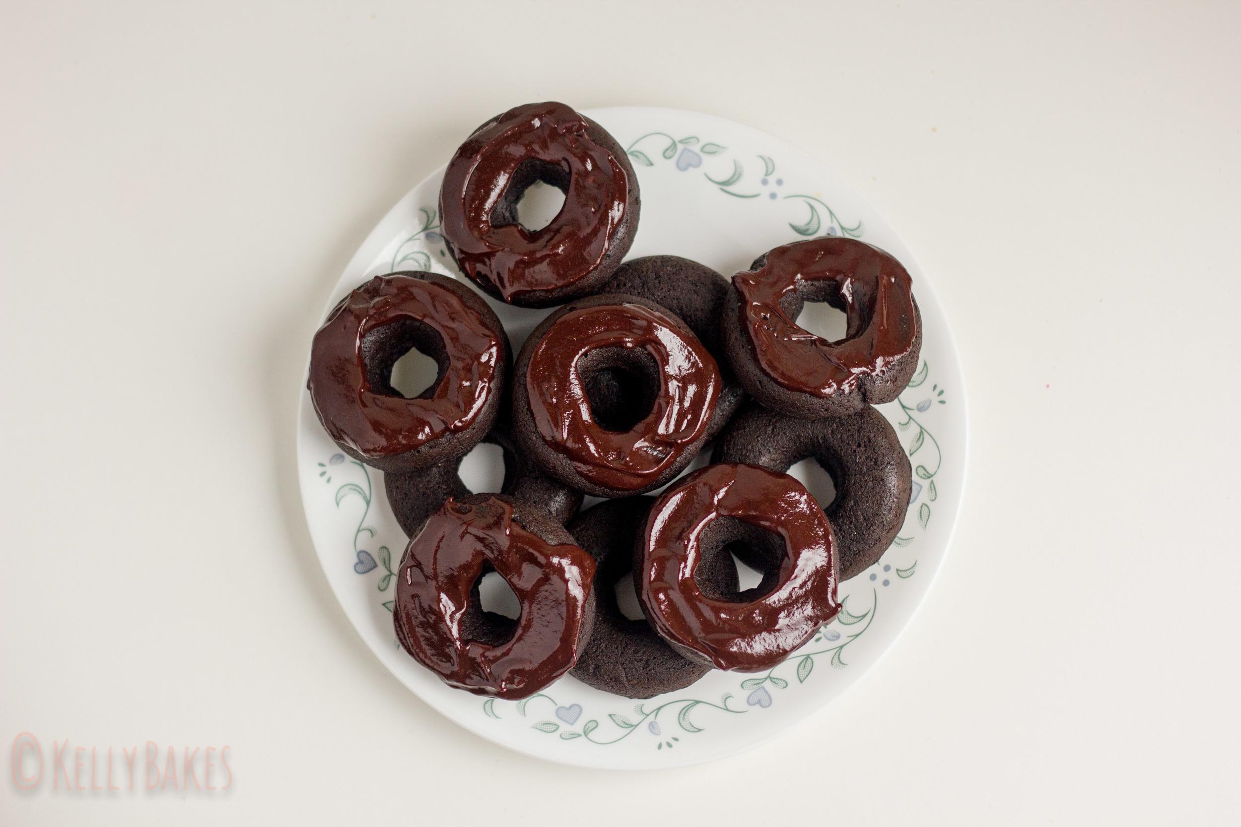 vegan gf coconut chocolate donuts-3.jpg