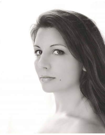 Headshot Nicole Feller-Johnson.jpg