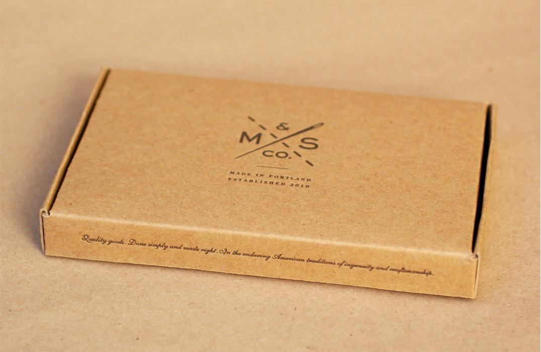 Box 3D1075.jpg