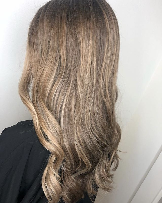 Subtle, soft & BEAUTIFUL. Stylist ~ Melissa Hardy. 💕 #H2OSalonNS #Balayage