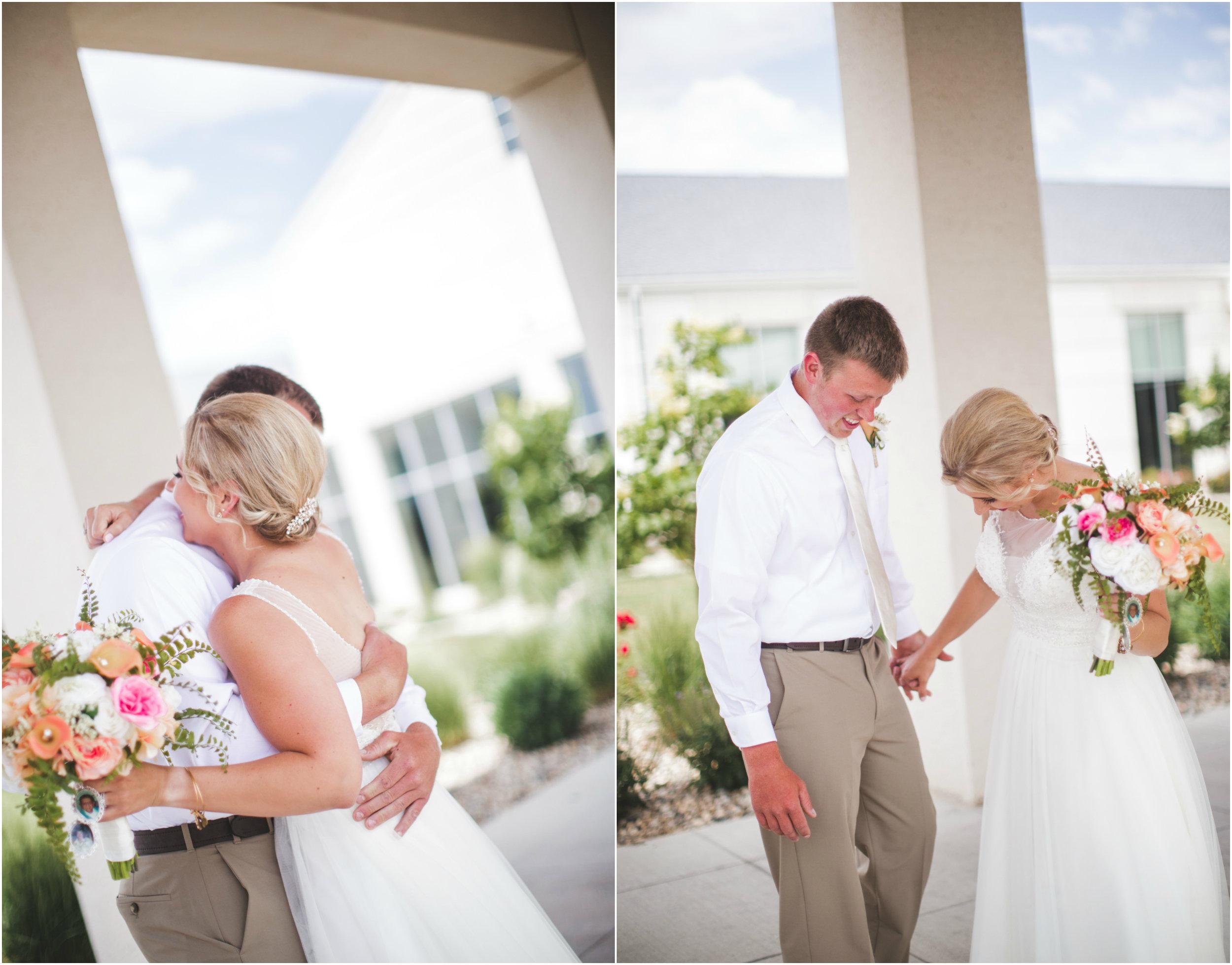 Sioux Falls Wedding First Look.jpg