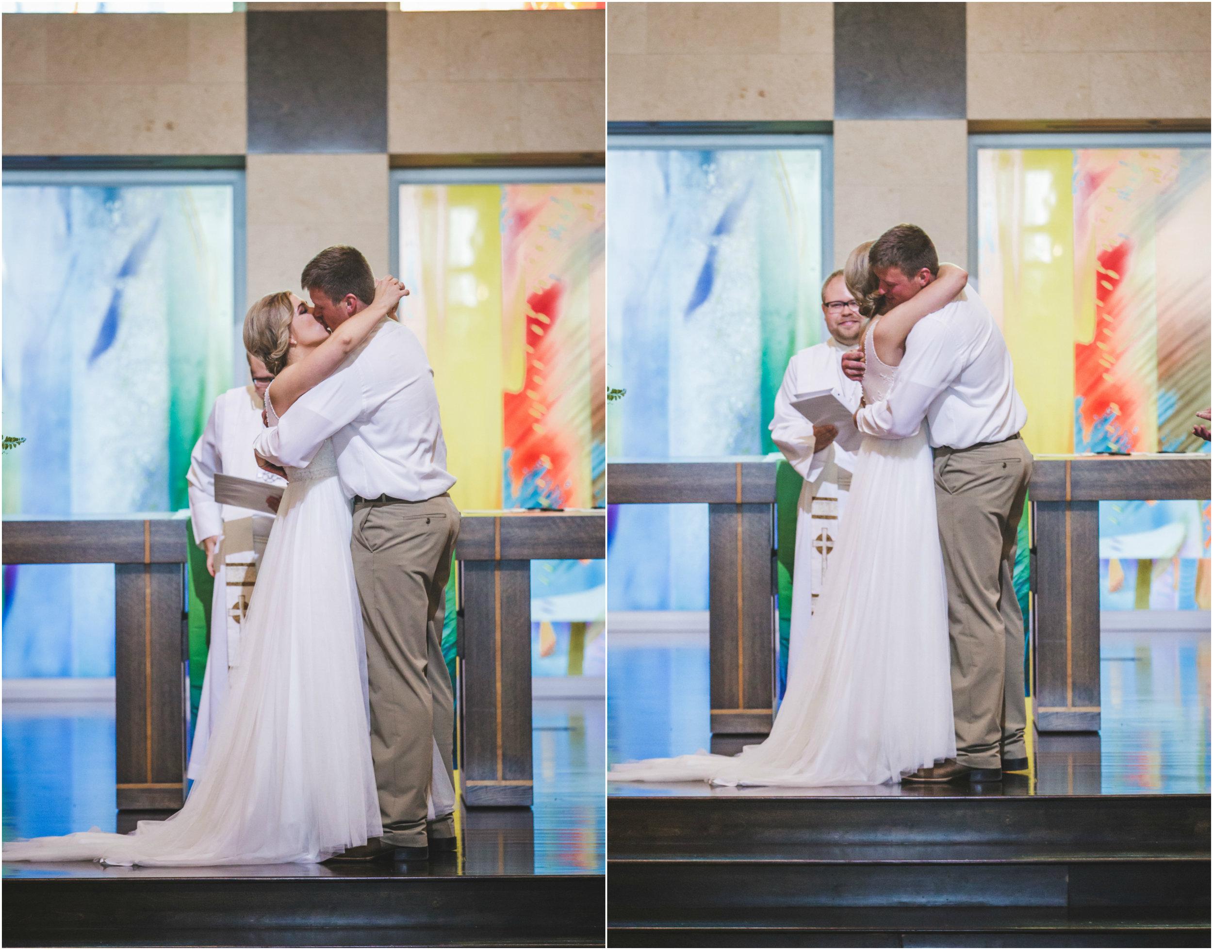 Sioux Falls Wedding First Kiss.jpg