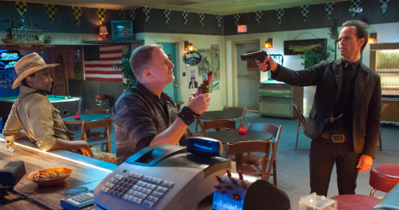 Edit-Gathegi-Michael-Rapaport-and-Walton-Goggins-in-Justified-Season-5-episode-5.jpg