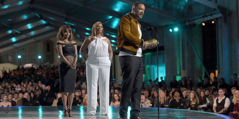 Will Smith receives the generation award