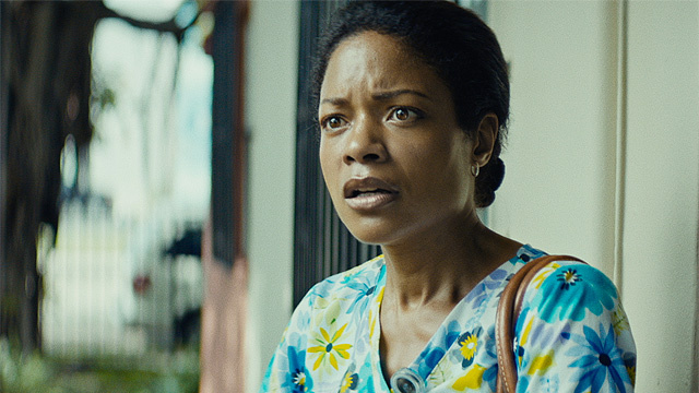 'Moonlight's Naomie Harris wins a supporting actress prize