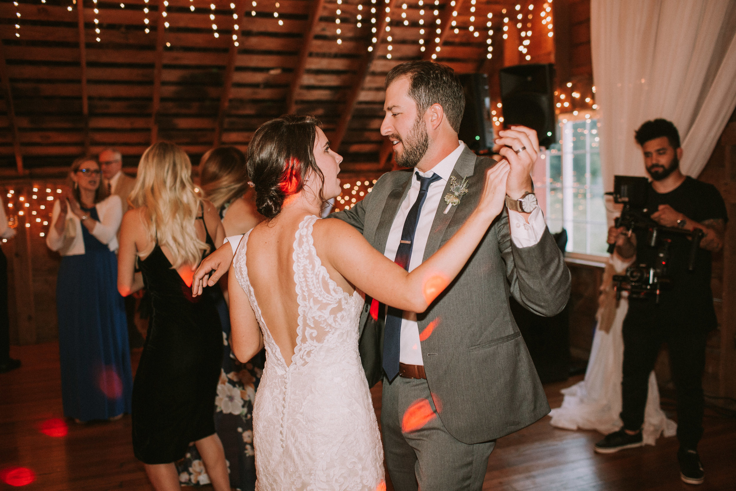 Lizzie&Chasen-Dancing-103.jpg