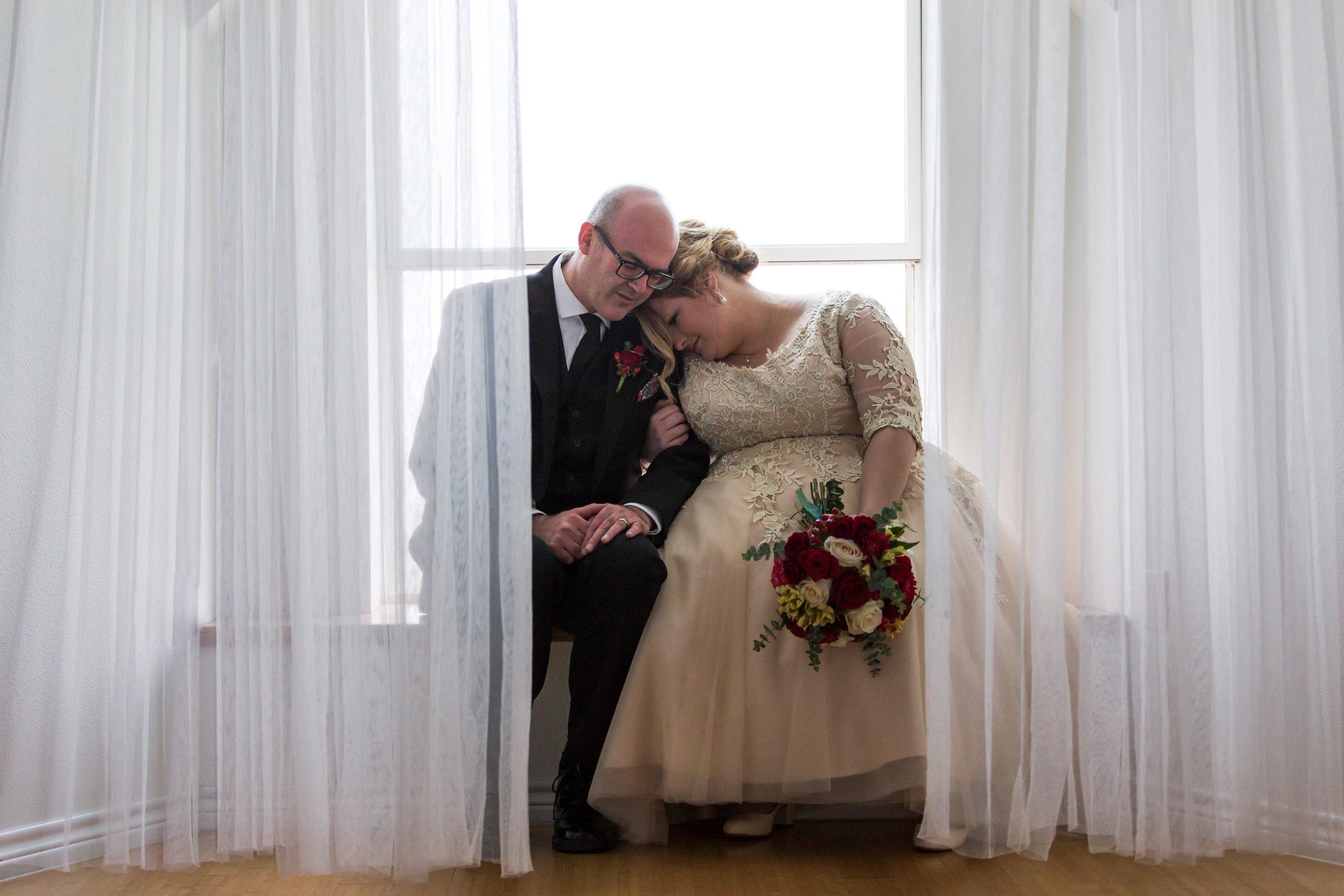 Madelinne Grey Wedding Photographer