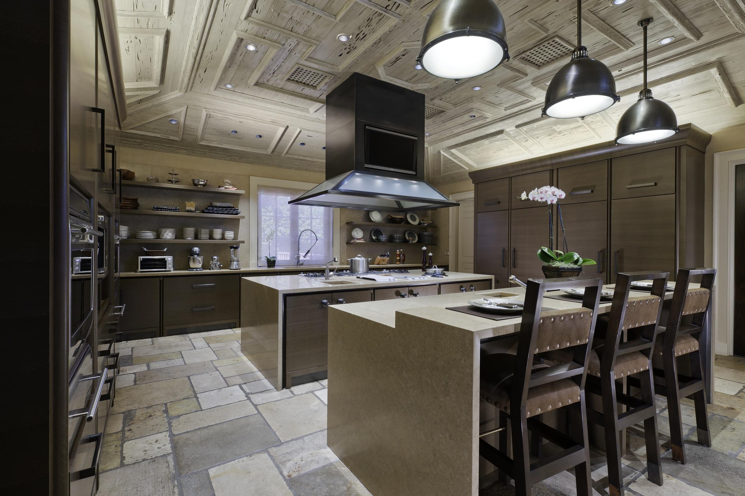 Kitchen 1 LO.jpg