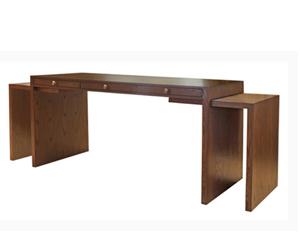 Wilshire Desk