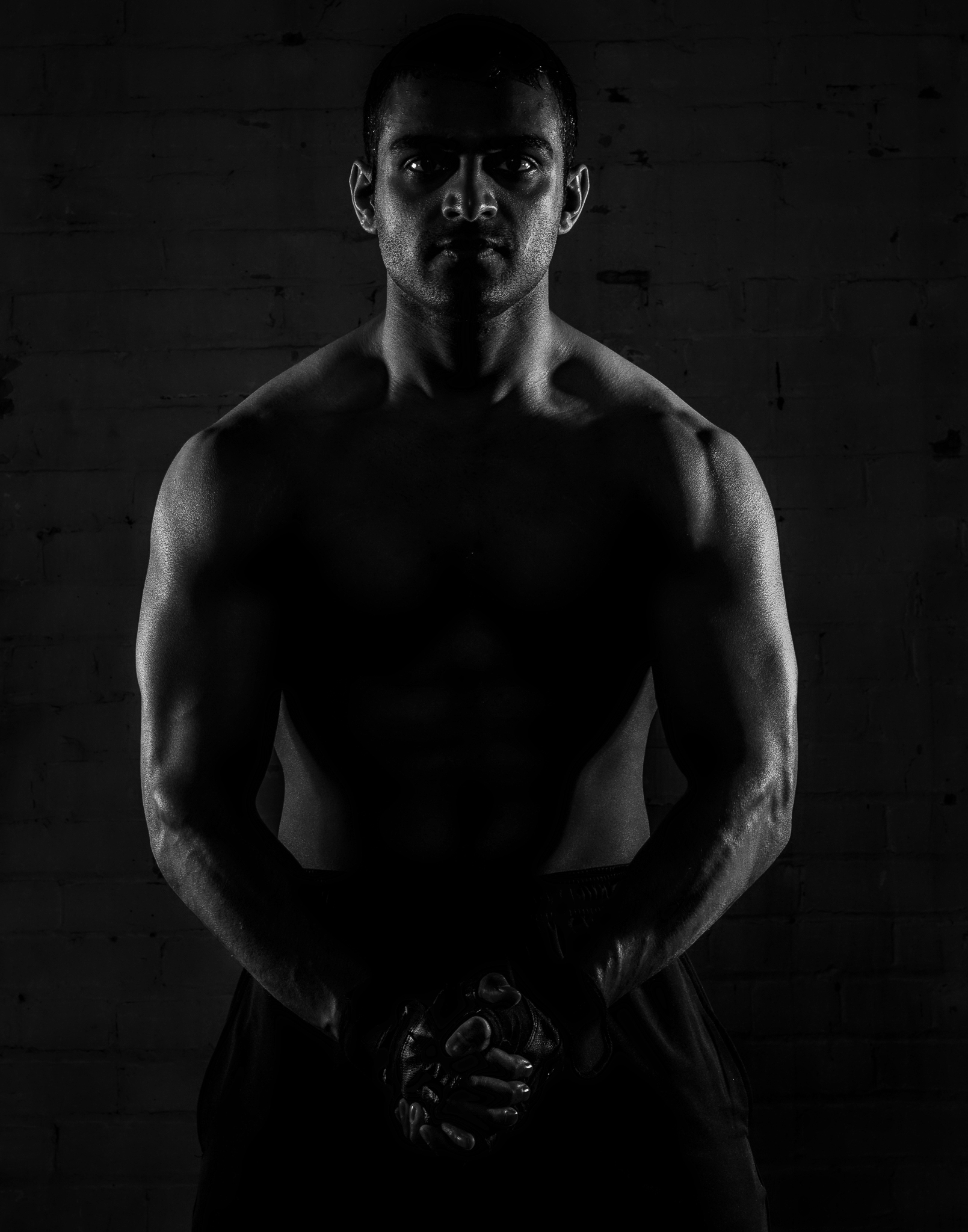 health-fitness-photography-man-muscles-flex-black-white-workout-sweat-Toronto-Ontario-Canada-photo-by-Kevin-Patrick-Robbins-2048.jpg