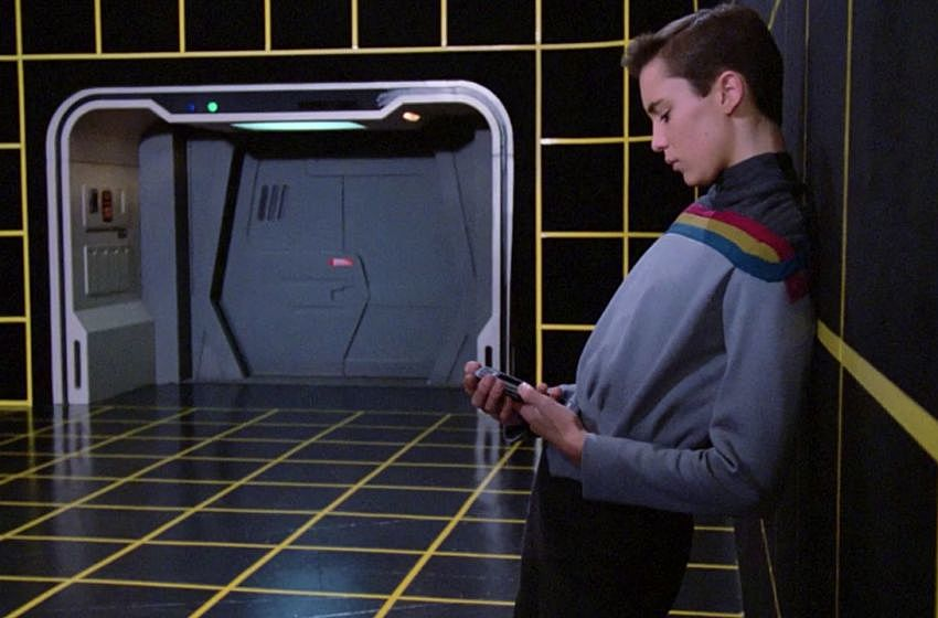 Ah the good ol' Holodeck. It would be much more enjoyable if Wesley weren't in it.
