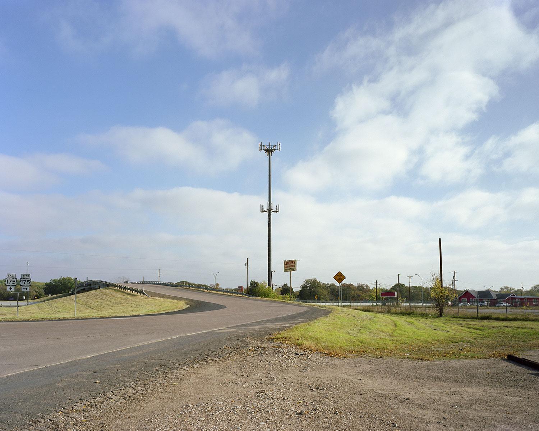 Cell tower, Overpass.jpg