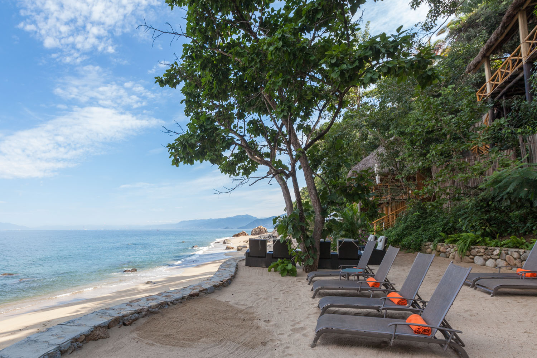 Beach chairs .jpg