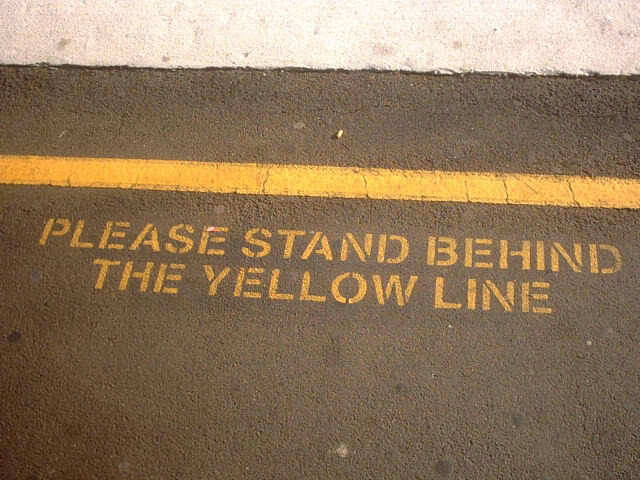 yellowline.jpg