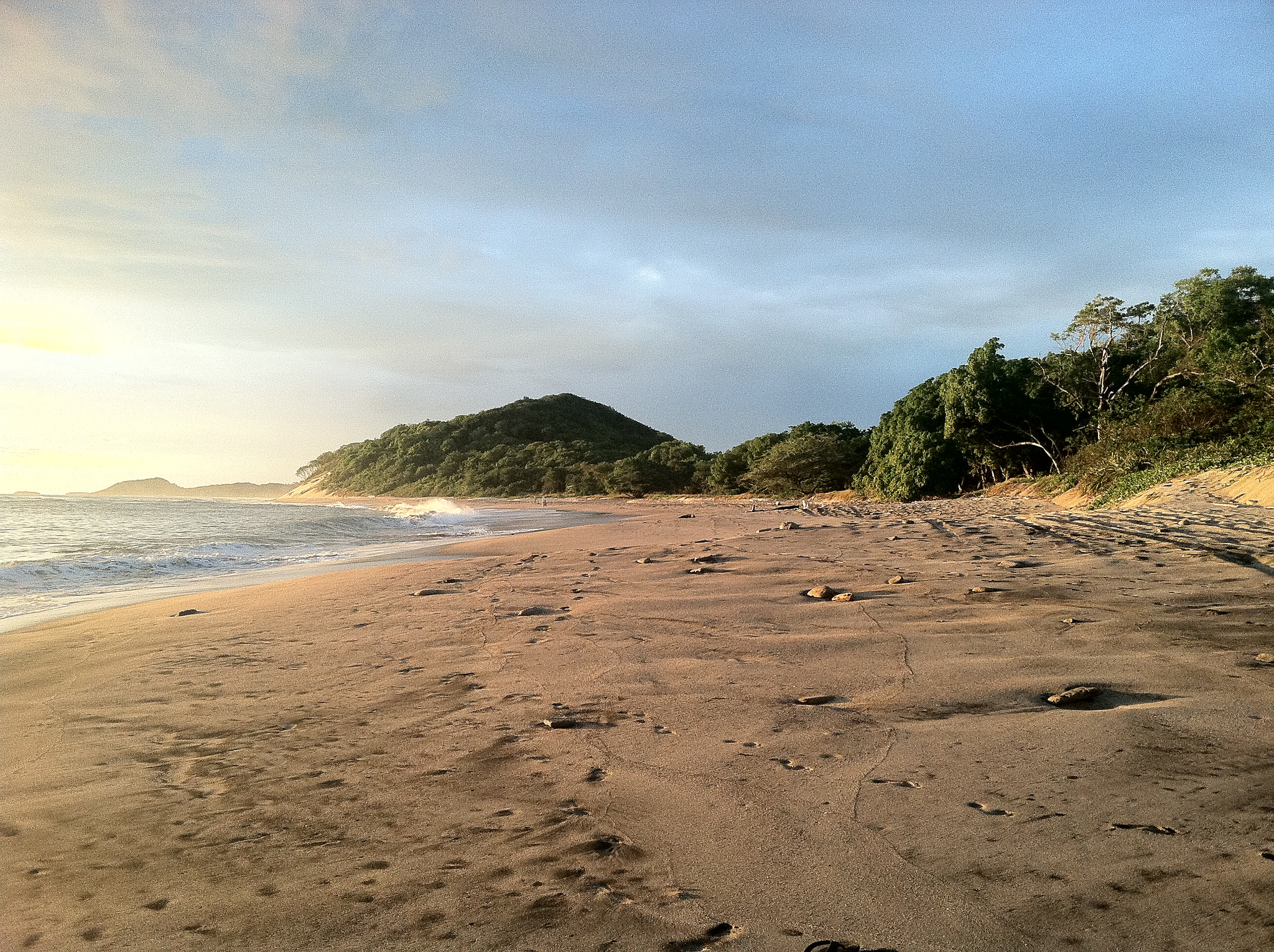 A photo of Popoyo Beach, a beautiful spot near the clinic.