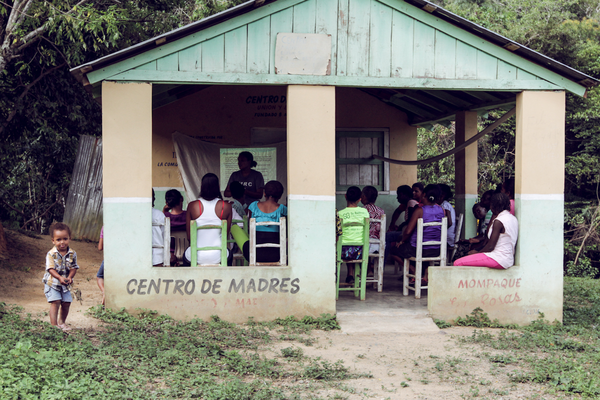 Here, FIMRC conducts its first nutrition course at the 'Centro de Madres' in Las Rosas.