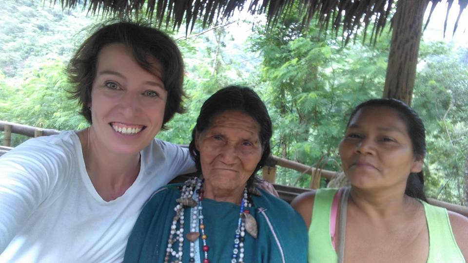 Alison Rees (L) is our rockstar La Merced Administrator. Maria (M) is the community's healer, the oldest member of the community and only speaks Ashaninka, not Spanish. She makes amazing baskets and rarely takes photos. Doris (R)  is one of her children. Everyone came together to make it such a successful day.
