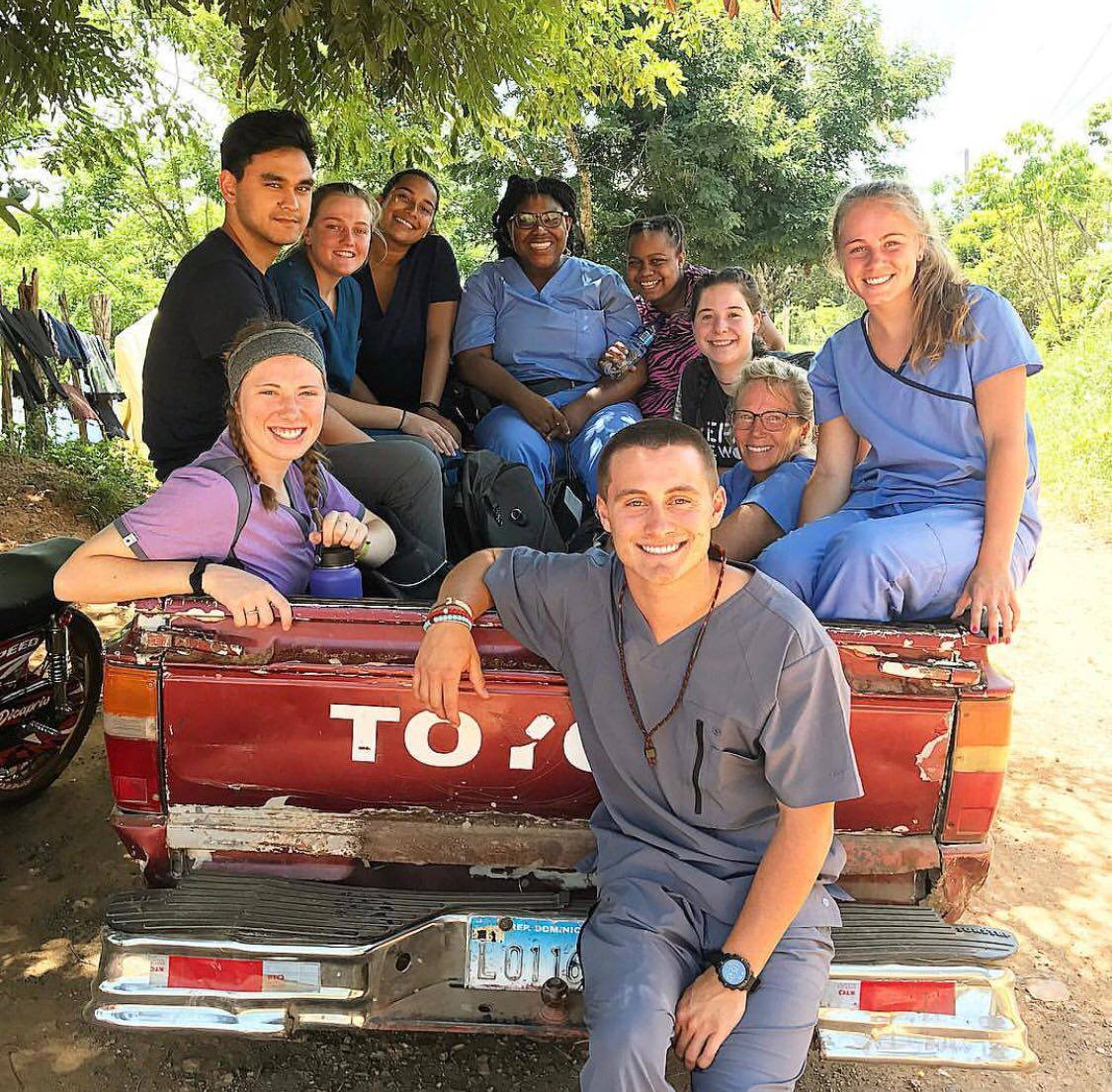 Truck bed commute during mobile clinic in the Dominical Republic