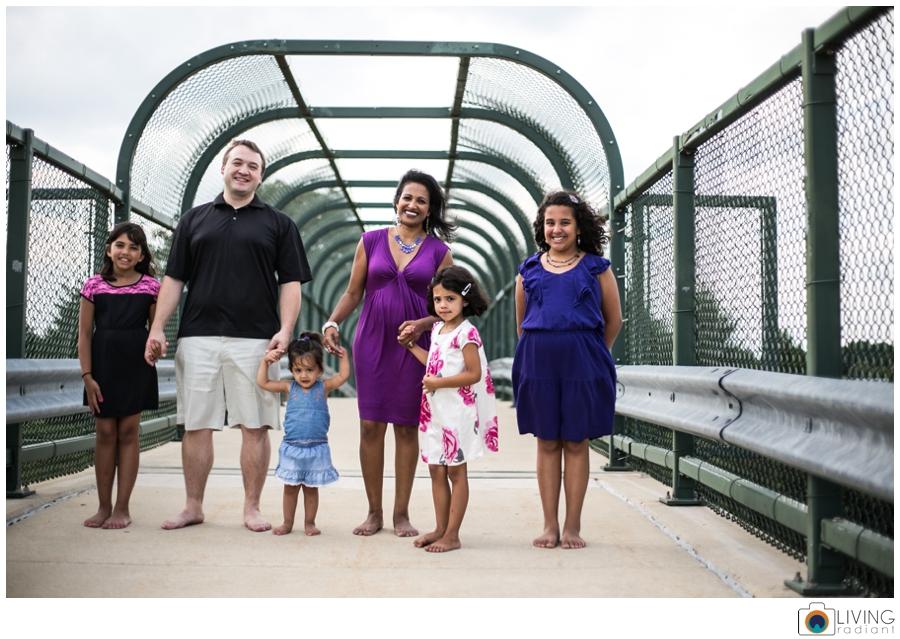 dailey-family-session-honey-go-park-baltimore-living-radiant-photography_0001.jpg